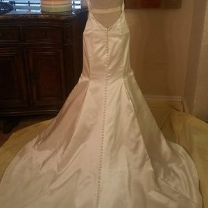 New Private Collection Bridal Gown
